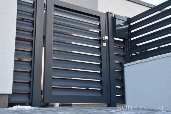 Hlinikový plot pro moderní dům NOVA - Dunajská Lužná